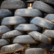 Kommt das Verbot von zehn Jahre alten Reifen?
