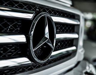 Serienmäßig produzierte Laster von Mercedes