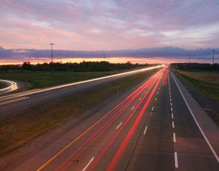 Zwei Drittel aller Lasterfahrer wissen, wann Sie zu schnell unterwegs sind.
